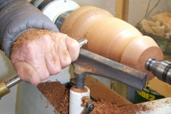 Bob progressing well with the shape, still using a bowl gouge.
