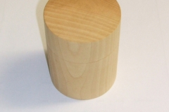 The winner of the Novice group, a lime box made by Mark Dale.