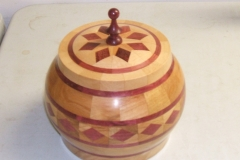 The winner of the Experienced group. Purpleheart, Beech & Cherry Made by Errol Levings.